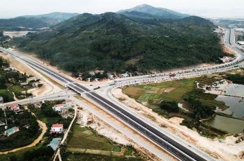 Chuyển nhượng đất mặt đường 334 xã Vạn Yên, Vân Đồn, Quảng Ninh 5.600m2, giá 17.5 tỷ. LH 0936776882