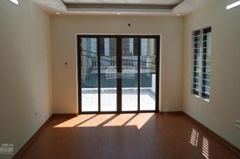 Bán nhà phố Đại Từ, hồ Linh Đàm, DT 41m2 x 5T xây mới, ô tô cách nhà 20m, cạnh chợ Đại Từ