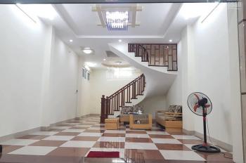 Phố vip, nhà đẹp phố Lê Thanh Nghị, tặng nội thất nhập khẩu, DT 42m2, 2.95 tỷ