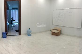 Cho thuê văn phòng tại quận Bình Thạnh, 100m2, 8 triệu/tháng, ai cần thuê gọi 0908 757 619 Hiếu