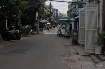 Bán nhà vip Nguyễn Đình Chính, Q. Phú Nhuận, 6.5x22m, 3 lầu, vuông vức, không lộ giới, giá: 24 tỷ
