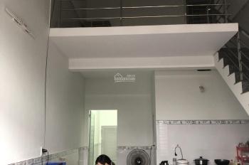 Cho thuê nhà 1 trệt 1 lầu, diện tích 60m2, 2 phòng ngủ, giá rẻ 6tr/th, KDC Phú Hòa, LH 0911.645.579