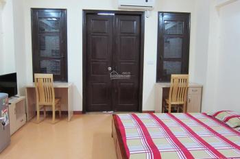 Cho thuê chung cư mini có điều hòa, thoáng mát, ở Đội Cấn, Ngọc Hà, giá 5,8tr/th. LH 0976417177