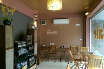 Cho thuê nhà mặt phố Kim Ngưu, đoạn đẹp nhất: DT 25m2 x 5 tầng, MT 3.5m. LH Phan Anh 0936030855