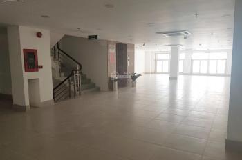 Cho thuê mặt bằng - văn phòng mặt tiền 200m2 đường Trần Xuân Soạn, quận 7
