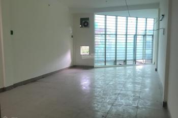 Có nhà cho thuê 5x27m mặt tiền đường Trương Công Định, Tân Bình. LH: 0906 693 900