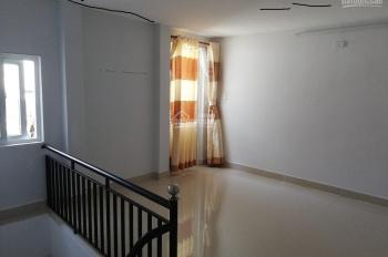 + Cần bán Nhà 2 tầng. Hải châu 1. 37m2, hướng Tây Bắc - Nhà 2 tầng kiệt Hùng Vương đối diện ĐH Y