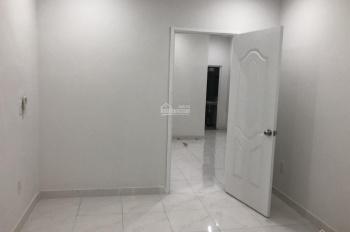 Cho thuê nhà 1 trệt 1 lầu, 2 phòng ngủ, giá 11tr, Phú Hòa, Thủ Dầu Một, Bình Dương, LH 0342722248