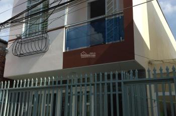 Cho thuê nhà 1 trệt 1 lầu, 3 phòng ngủ, 2 toilet, DTSD 214m2, rộng rãi, có lắp sẵn 2 máy lạnh