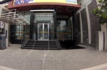 Cần cho thuê gấp mặt bằng tầng trệt - Tòa nhà làm văn phòng