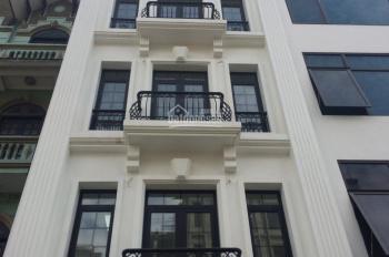 Cho thuê nhà ngã tư Cầu Giấy, Trần Đăng Ninh, 68m2 x 6T, thông sàn, cầu thang máy