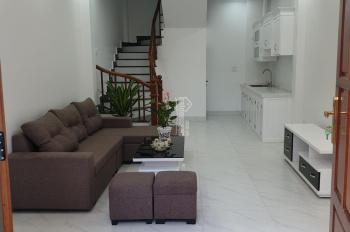 Bán nhà đẹp 30m2x4T, gần hồ Thạch Bàn, ngay chợ Đồng Dinh. Tel 0984636936