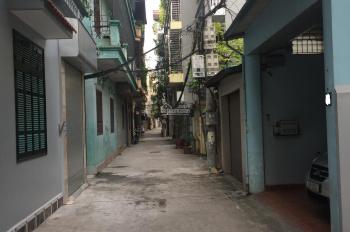 Chính chủ bán nhà tại Nguyễn Hoàng Tôn. DT: 77,2m2, LH: 0979.56.88.97