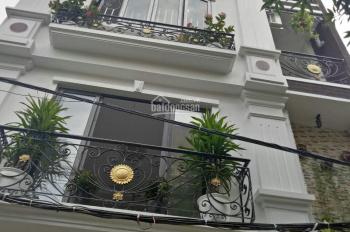 Chỉ 6.85 tỷ có nhà phố Lê Thanh Nghị cách một nhà ra phố tiện ở kết hợp kinh doanh 45mx5T.