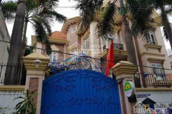 Bán biệt thự đường Hoàng Văn Thụ, Phường 8, Phú Nhuận, DT 18x21m, trệt 3 lầu