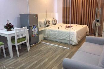 Bán nhà mặt tiền đường Nguyễn Đình Chính, Q. Phú Nhuận. 5 lầu, thang máy, 4x20m, 80m2, HĐ 50tr