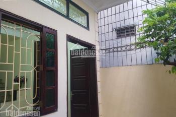 Bán nhà Nguyễn Công Hoan, 54m2 * 4 tầng, MT 4.3m, nhà đẹp, ngõ thông, giá 4.3 tỷ