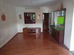 Bán căn hộ tập thể E1 Bách Khoa, thuận tiện, thoáng mát, an ninh tốt, dân trí cao, 45m2 gía 1.3 tỷ