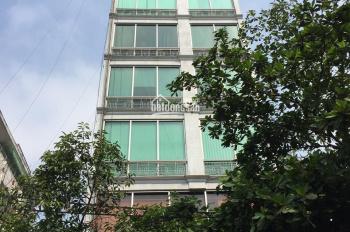 Cần cho thuê khách sạn Đông Du, P. Bến Nghé, Q1 15x18m 8 lầu 43P 809.9 triệu LH 0901145633