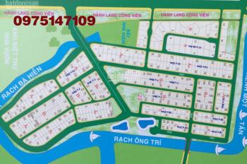 Bán nhanh lô biệt thự trục chính DA Bách Khoa, Phú Hữu, Quận 9, giá tốt nhất, DT 12x33m