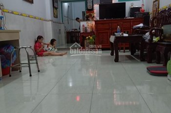 Chính chủ bán rẻ nhà An Phú Tây, Bình Chánh, giá 2.5 tỷ, 1 trệt, 1 lầu, kế chợ Ấp 1. LH 0901554119