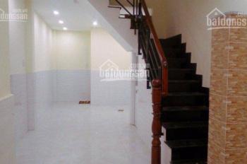 Nhà nguyên căn ngay trung tâm quận 4 3 lầu chỉ với 15tr/th_LH:0898521165