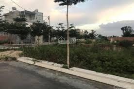Bán đất sổ hồng nằm ngay ngã tư đẹp nhất KDC Vĩnh Phú 1, DT 100m2, 1.5 tỷ, liên hệ: 092201101 Đạt
