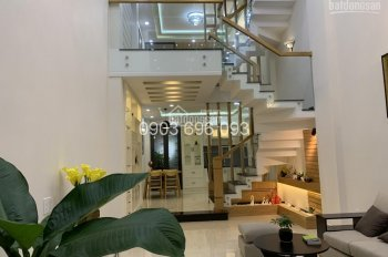 Nhà quận Gò Vấp, phường 12 full nội thất cao cấp! Cần tiền nên bán gấp giá 6.5 tỷ (thương lượng)