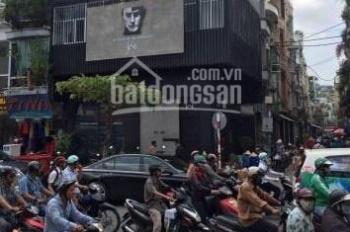 Chủ nhà cho thuê 03 căn nhà liền kề ngay ngã tư Nguyễn Thiện Thuật, Quận 3 ngay khúc sầm uất đông