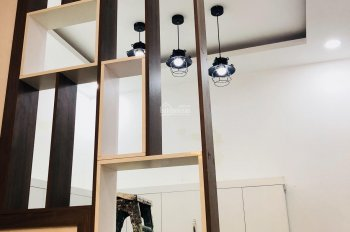 Cần bán nhà gấp quận 12, 1 trệt 2 lầu (3 tấm đúc), đường Tô Ngọc Vân. LH 0986135855