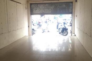 Cho thuê cửa hàng mặt phố Lê Thanh Nghị: DT 90m2, MT 4.5m, riêng biệt, giá 19 tr/th. LH 0936030855