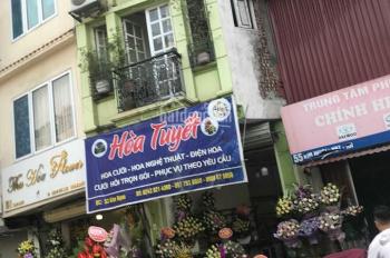 Cho thuê cửa hàng MP Hàng Ngang, 110m2 x 2 tầng, MT 4.5m, giá 180tr/th, vị trí siêu đắc địa