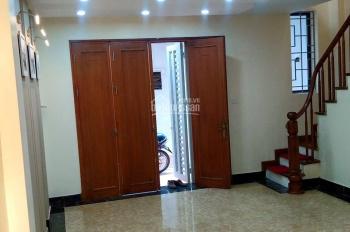 Bán nhà MT đường Nguyễn Đình Chính, P.15, Q. Phú Nhuận, DT: 8.9 x 21m, 4 lầu. Giá: 32.5 tỷ