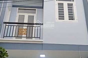 cho thuê nhà nguyên căn mới xây mặt tiền hẻm chính, dt 4x10m 2 lầu 4 phòng ngủ liên hệ 0901450851..