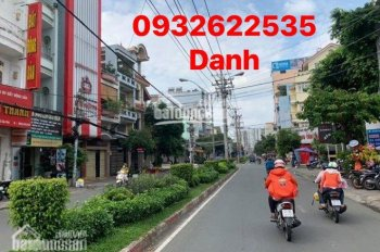 Bán Gấp 3 Căn mặt tiền  Phường Tân Sơn Nhì.Quận Tân Phú.Toàn mặt Tiền sáng,sung,kinh doanh