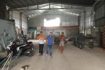 Cho thuê kho 500m2, MT Quốc Lộ 13, Vĩnh Phú, Thuận An, Bình Dương giá 27 triệu/tháng. LH 0985769870