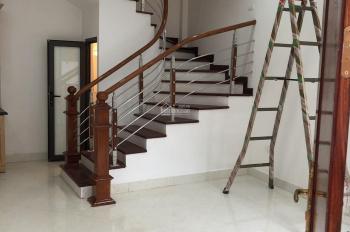 Chính chủ bán nhà mới xây 5 tầng tại Ngõ 640 Nguyễn Văn Cừ