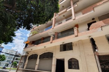 Cho thuê căn nhà 4 tầng góc 2 MTKD đường Vành Đai Trong, khu Tên Lửa, quận Bình Tân. Giá 150 triệu