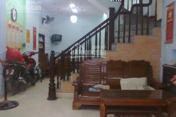 Bán nhà mặt tiền 94 Phùng Văn Cung, P7, Q. Phú Nhuận, DT 4.2m x 17.8m, 5 lầu. Giá 16 tỷ (TL)