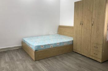Căn hộ đầy đủ nội thất tiện nghi, DT 40m2 view Landmark, ngay khu đường nội bộ Trần Não, Quận 2