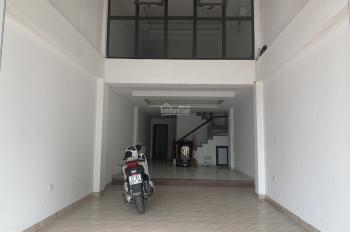 Cho thuê nhà mặt phố Giải Phóng. Diện tích 100m2 x 6 tầng, mặt tiền 4.5m, có thang máy, nhà mới