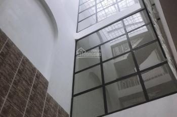 Nhà cho thuê nguyên căn đường Lạc Long Quân, P11, quận Tân Bình. DT: 8 x 10m giá 60 triệu/tháng