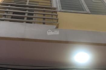 Bán nhà Tam Trinh, Hoàng Mai, 30m, 4 tầng, gần ngã tư Tam Trinh - vành đai 3, ô tô đỗ cách nhà 10m