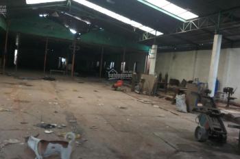 Cho thuê xưởng rẻ 1300m2, Tân Uyên, Bình Dương