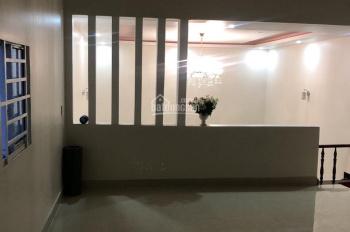 Cho thuê nhà 1 trệt 1 lầu, hẻm đường Lê Hồng Phong, Phú Hòa, Thủ Dầu Một, LH 0342722248