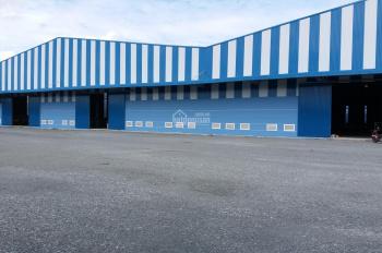 Cho thuê nhà xưởng trong KCN Đức Hòa, Long An, DT: 10.000m2, giá 500tr/tháng. LH: 0908.561.228