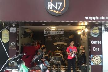 Cho thuê cửa hàng mặt phố Nguyễn Hữu Huân, MT 4m, giá 27tr/th, Mr Quân 0342567890