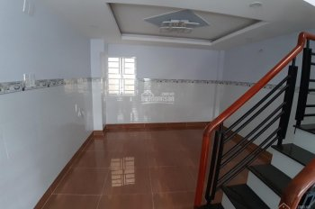 Nhà mới xây cách Đỗ Xuân Hợp 300m, KP Bến Cát,P.Phước Bình, Q9, gần chợ Phước Bình.3,7x7,6. 3.25 Tỷ