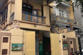 Cần cho thuê biệt thự nhà vườn KĐT Trung Hoà - Nhân Chính. DT: 113m2, MT: 6m, 3 mặt thoáng