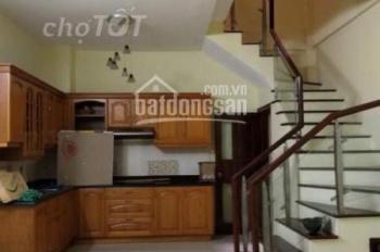Cho thuê nhà riêng phố Bạch Mai 30m2 x 5 tầng mặt tiền 4m . nhà mới đẹp giá 10triệu/thg